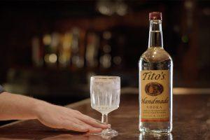 Imalbeca trae para ti Tito's Vodka